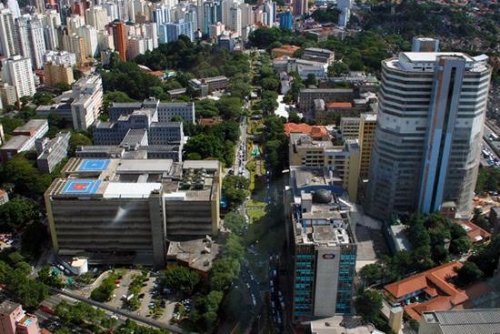 O Hospital das Clínicas de São Paulo utiliza a hipnose desde 1995
