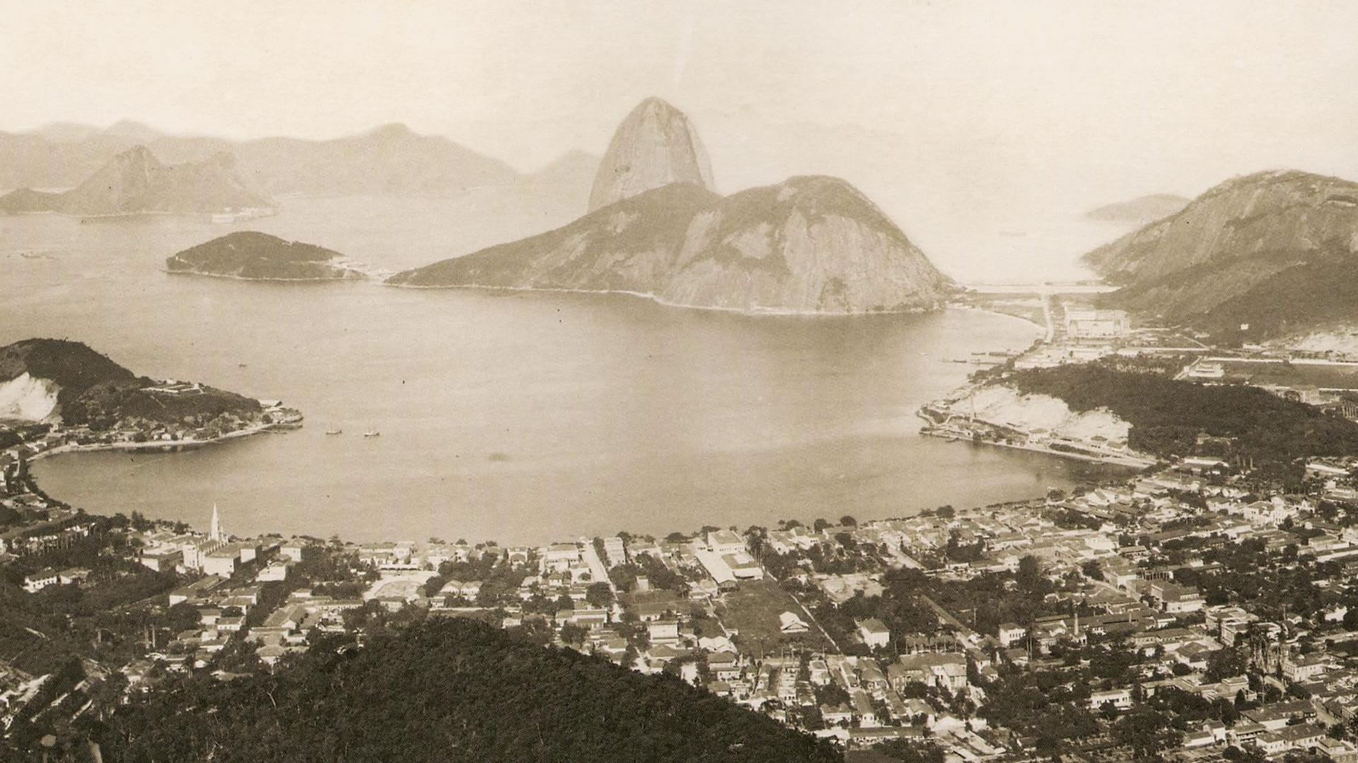 Em 1889 no Rio de Janeiro o II Congresso Brasileiro de Medicina e Cirurgia apresentou trabalhos sobre hipnose