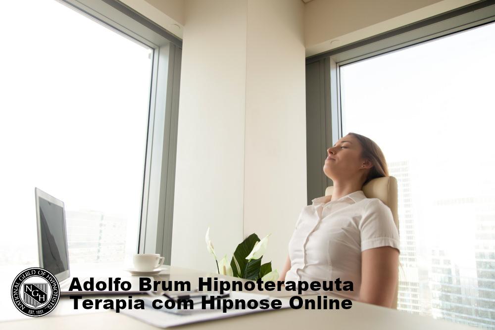 Terapia online com hipnose no ambiente de trabalho.